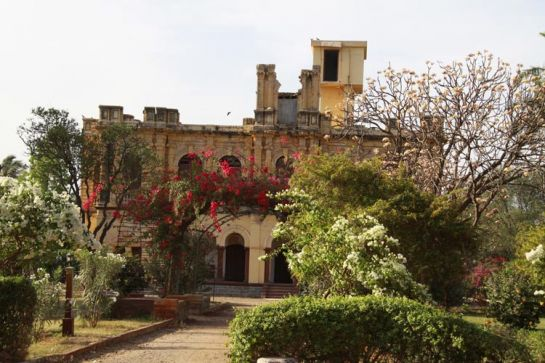 Bhuj photos, Sharad Baug Palace, Bhuj - Palace and Its Beautiful Gardens