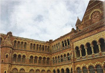 Bhuj photos, Prag Mahal - Exterior View of the Edifice