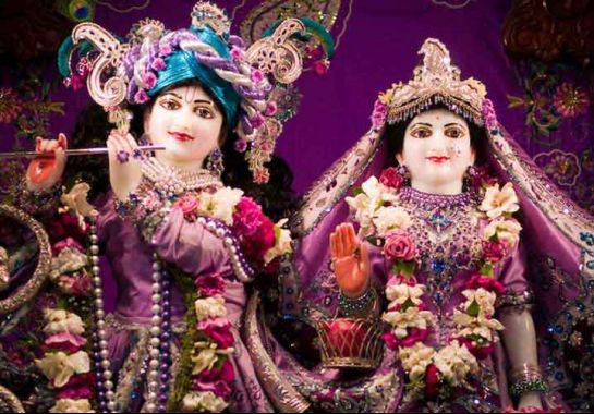 Dwarka photos, Rukmini Devi Temple - The Adorable Idols