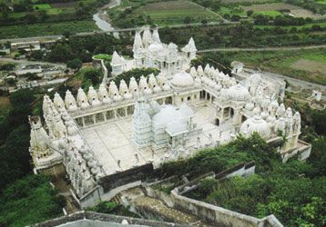 Danta photos, Taranga and Kumbharia Jain temples - An Aerial View