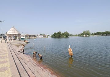 Kheda photos, Gomti lake