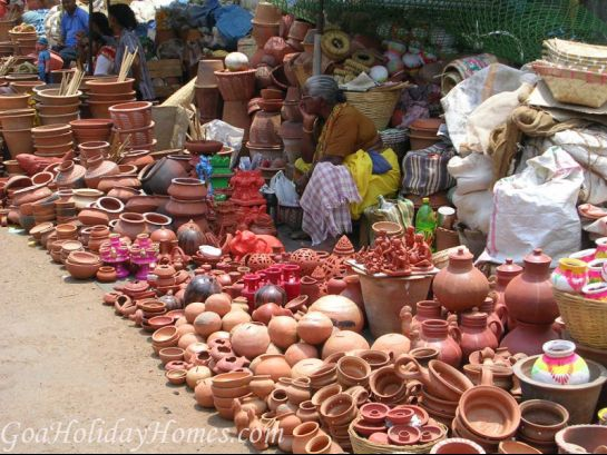 Goa photos, Mapusa - Pots & Pans at Friday Market