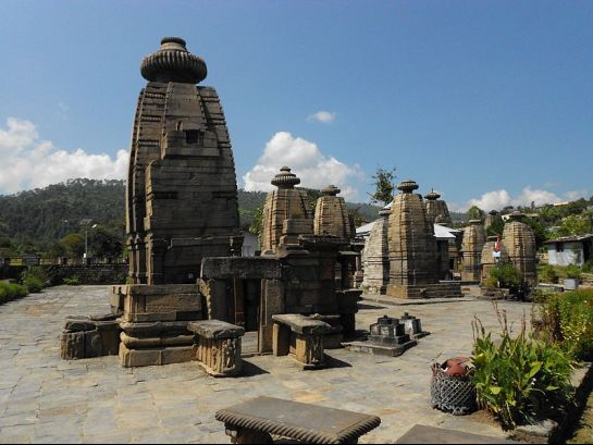 Kausani photos, Baijnath - Marvellous stone temple