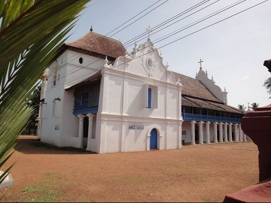 Alleppey photos, Champakulam Church - Side View