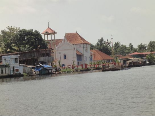 Alleppey photos, Champakulam Church - On River Pampa's Banks