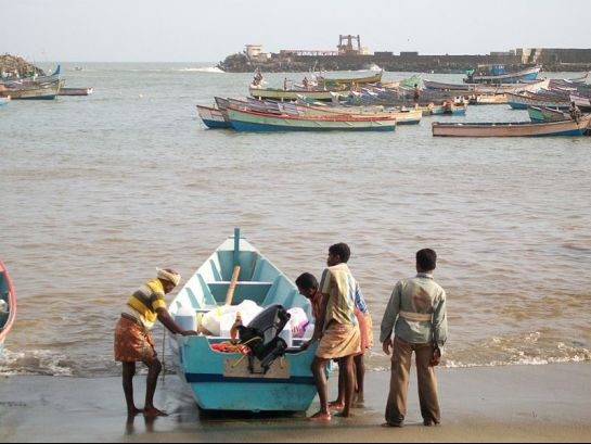 Kovalam photos, Vizhinjam fishing harbor