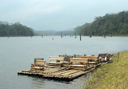 Thekkady photos, Periyar Wildlife Sanctuary - Bamboo Raft