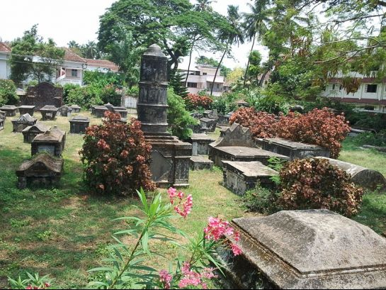Kochi photos, Fort Kochi - A Dutch cemetery