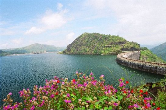 Idukki photos, Idukki Arch Dam - The Reservoir