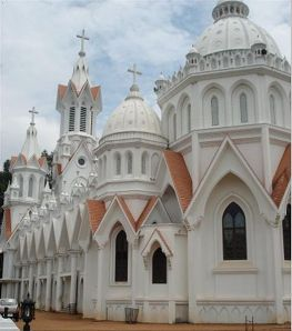 Adoor photos, St. George Orthodox Church - SIde View