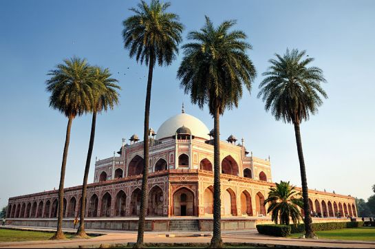 Delhi photos, Humayun's Tomb - Symmetrical Structure