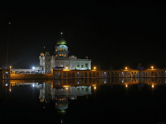 Delhi photos, Gurdwara Bangla Sahib - Night View