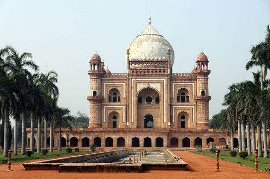 Delhi photos, Safdarjang Tomb - Full View