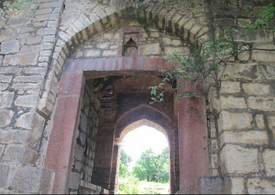 Medak photos, Medak fort - view of the entrance