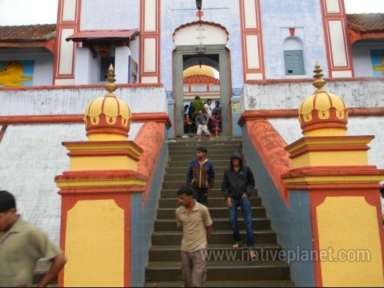 Coorg photos, Omkareshwara Temple - Steps of Omkareshwara temple