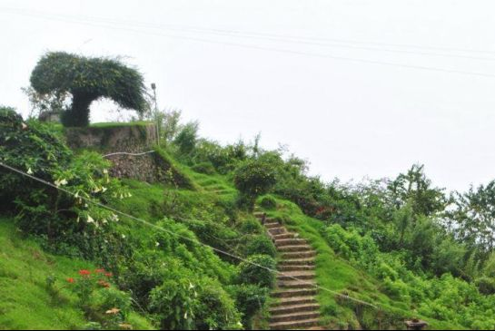 Kodaikanal Photos, Coakers Walk - A Picturesque View