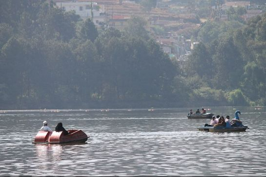 Ooty photos, Ooty Lake - Boating in Ooty Lake