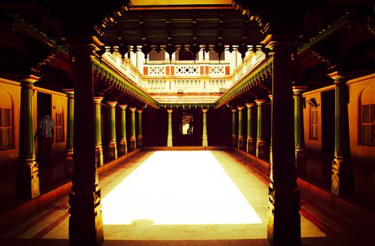 Karaikudi photos, Chettinad Palace - Beautiful interiors