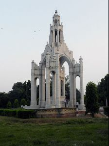 Allahabad photos, Alfred Park - Memorial of Queen Victoria