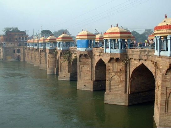 Jaunpur photos, Shahi Bridge - A closer view