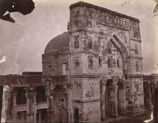 Jaunpur photos, Lal Darwaza Masjid - A Side view