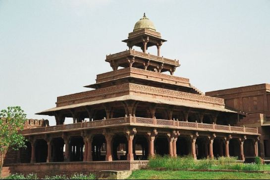 Fatehpur Sikri photos, Panch Mahal - Complete Structure