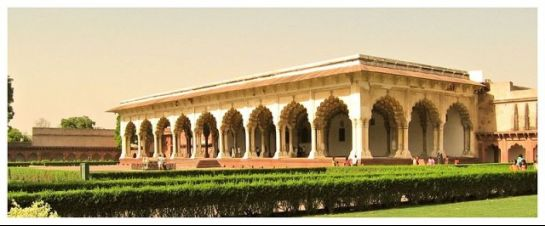 Agra photos, Diwan-i-am - A majestic architectural structure
