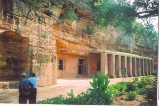 Dhar photos, Bagh Caves - Buddhist caves