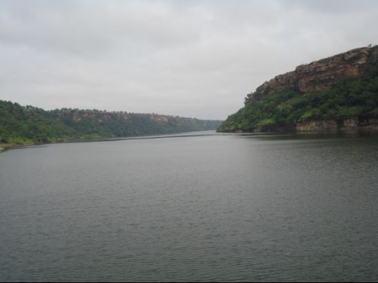 Neemuch photos, Gandhi Sagar Dam - A view of the dam.
