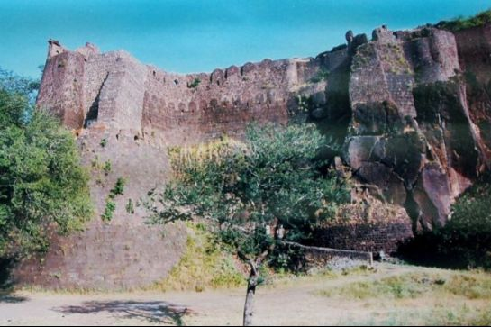 Khandwa photos, Asirgarh Fort - Key to the Deccan
