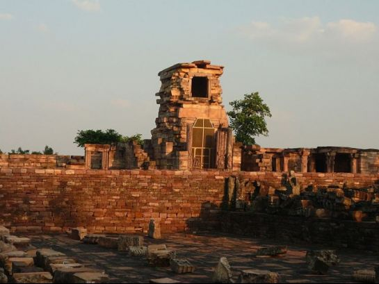 Sanchi photos, Gupta Temple - A Distant View