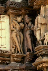 Khajuraho photos, Chitragupta Temple - Sculpture of a Couple