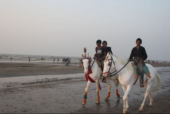 Daman photos, Jampore Beach - Horse Riding
