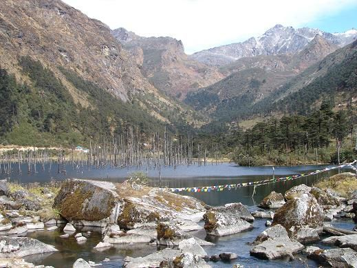 Tawang photos, Shonga-tser Lake - view of the lake