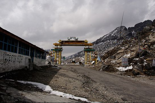 Tawang photos, Sela Pass - view of the entrance
