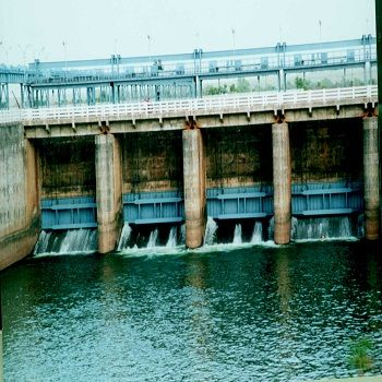 Dhamtari photos, Gangrel Dam - A view of the dam