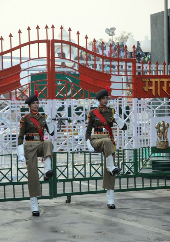 Amritsar photos, Wagah Border - Women personnel