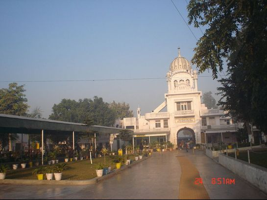 Ludhiana photos, Gurudwara Manji Sahib - Main Gate of Gurudwara
