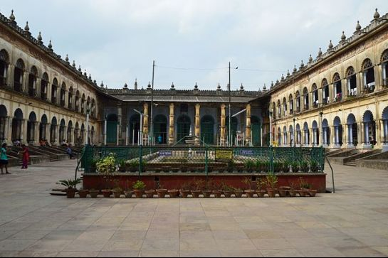 Hooghly photos, Hooghly Imambara - Courtyard