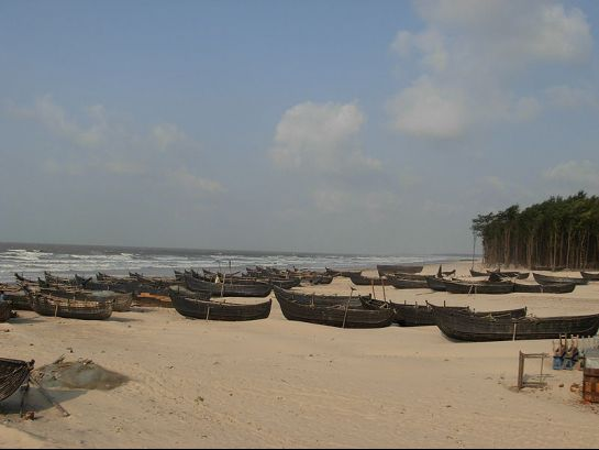 Digha photos, Udaipur Beach - An Array of Boats