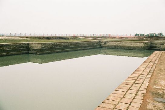 Vaishali photos, Coronation Tank - Clear View