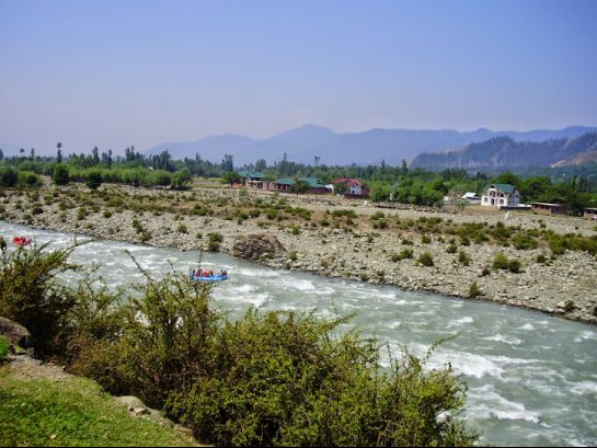 Pahalgam photos, Aru - On the way