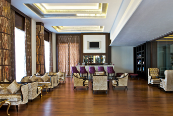 Royal lounge and lobby