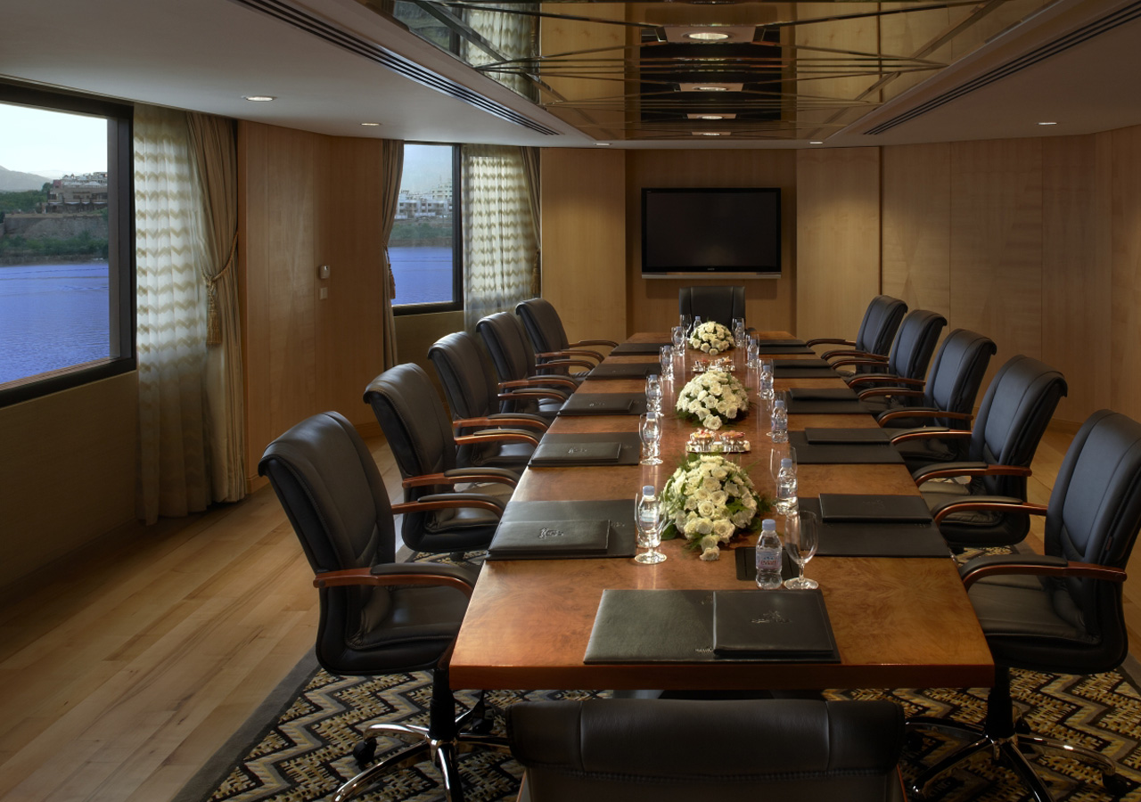 Royal Boardroom