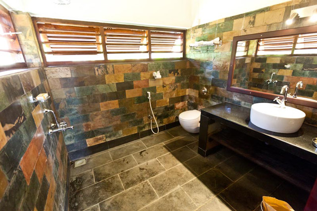 Bath-Room-view--family-cottage