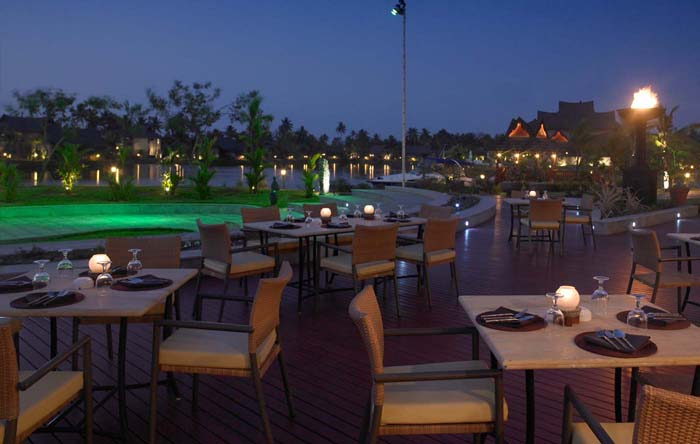 Dine by the Poolside