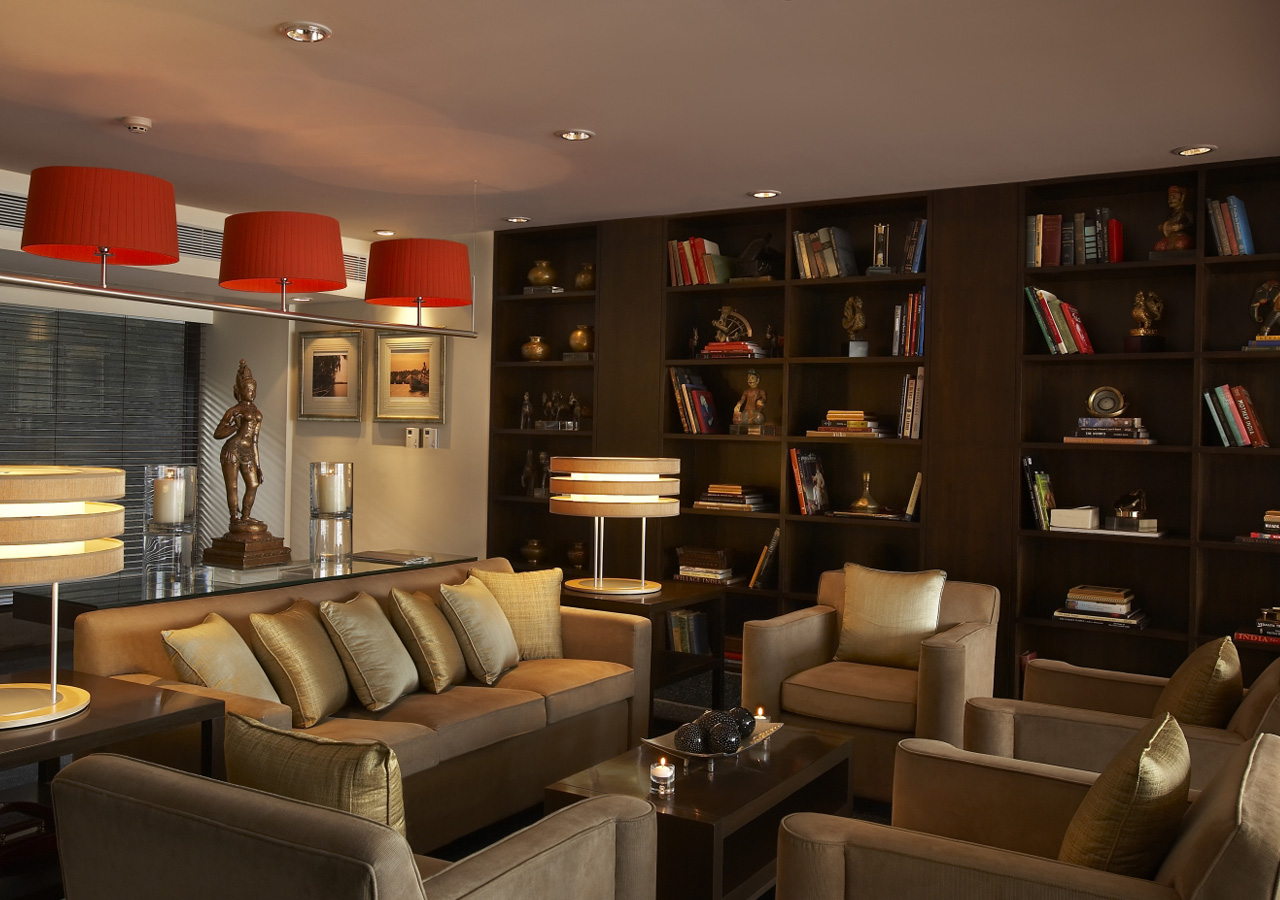 Club Library Lounge