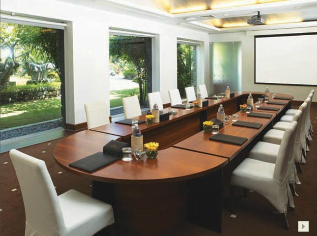 Agenda, the Meeting Room
