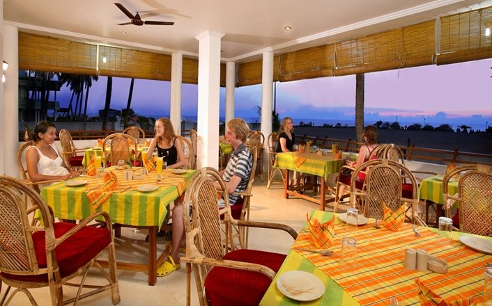 Restaurant with beach view