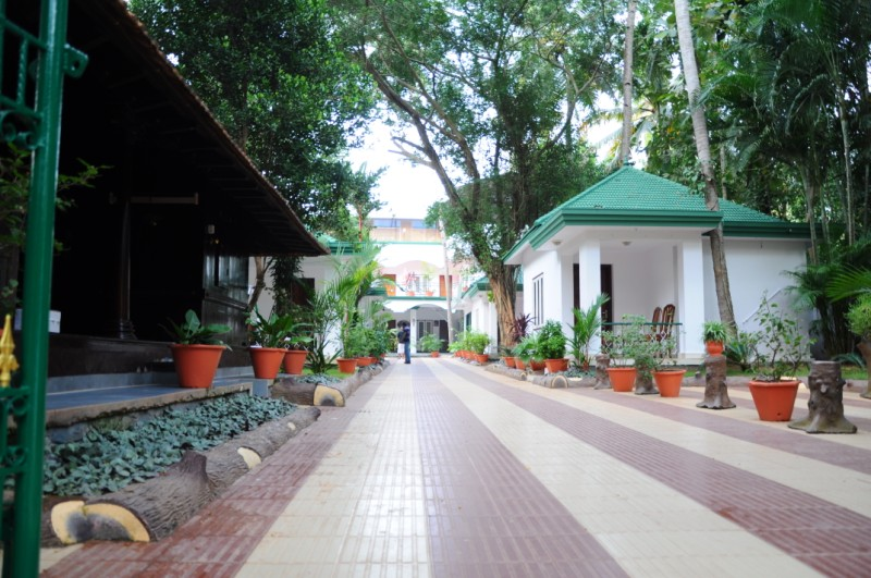 Pathway to the resort